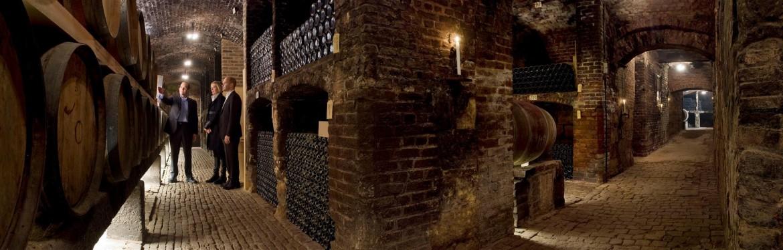 Wijnproeverij Maastricht bij Thiessen Wijnkoopers - Boek een escape room hunt & proef arrangement