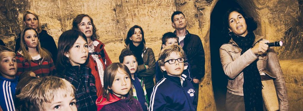 Kinder grottentocht bij Maastricht underground