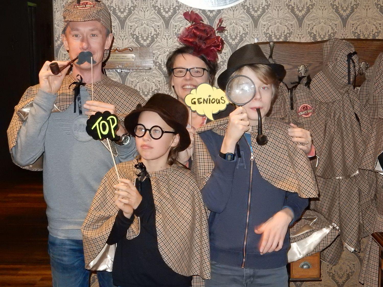 Familie uitje Maastricht - Kinderen spelen Escape Room